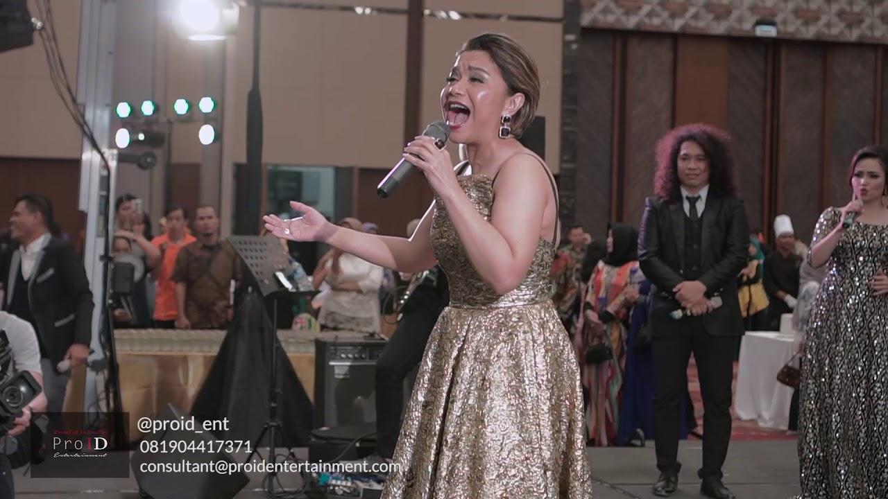 Download Ruth Sahanaya Kaulah Segalanya live at Ice Bsd MP3 Gratis