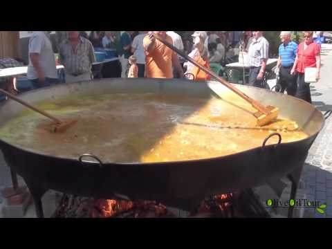 How to Make Paella for 400 people!