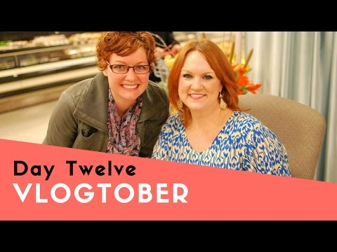 Vlogtober   Day 12 - The Pioneer Woman, Eye Appts, and Pumpkin Bread