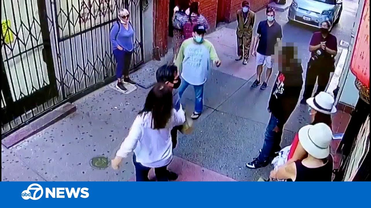Chinatown business owner jumps in to protect tourist after brazen daytime attack in CA