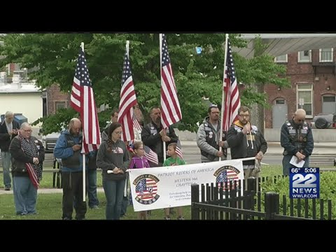 Memorial Day parade, ceremony held in Holyoke