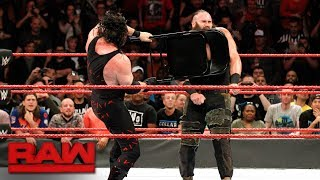 Kane  brutalizes Braun Strowman with a steel chair: Raw, Nov. 20, 2017