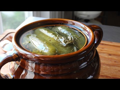 Homemade Dill Pickles - How to Make Naturally Fermented Pickles