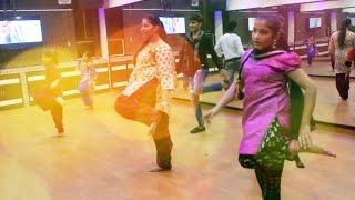 Paranda Kaur B JSL Bhangra Gidha Dance Steps | paranda kaur b dance performance