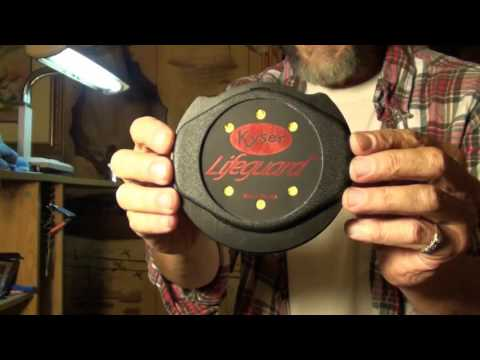 How to and when to humidify your guitars and WHY! How to make humidifiers