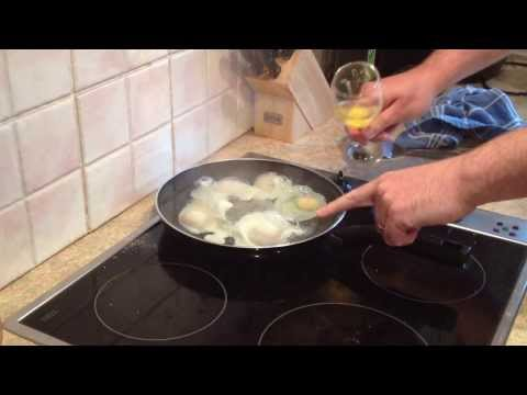How to cook poached eggs the easy way