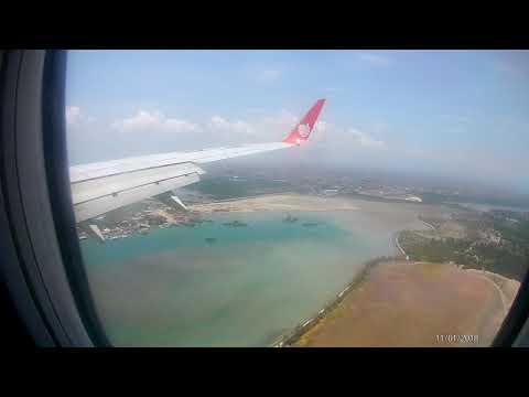 Landing Malindo Air at Bali Airport