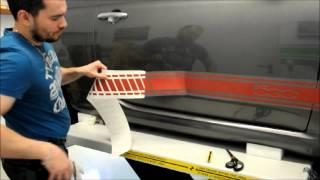 Aufkleber Trockenmontage Trockenverklebung  Montageanleitung Plotterfolie