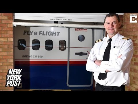 Pilot builds working flight simulator and cockpit in his garage