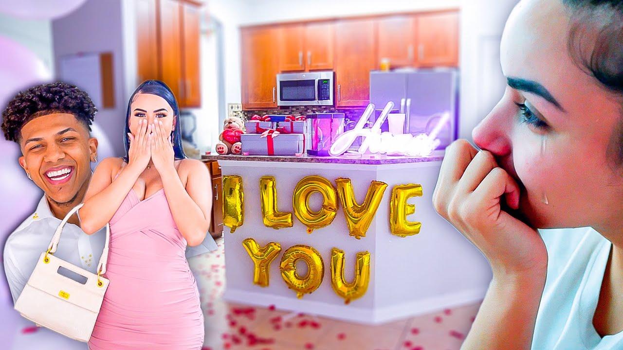 I Woke My Girlfriend Up With An AMAZING 3 Year Anniversary SURPRISE