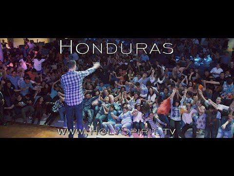 Jesus pours out His Spirit in San Pedro Sula, Honduras!