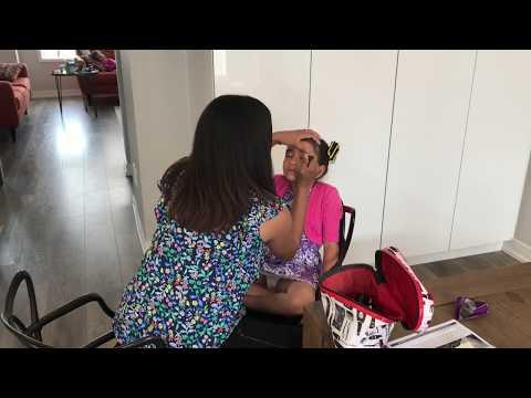 Getting Make-Up Done For Dance Recital - Family Vlog - Love To Dance - Scarlett - Kinder Playtime