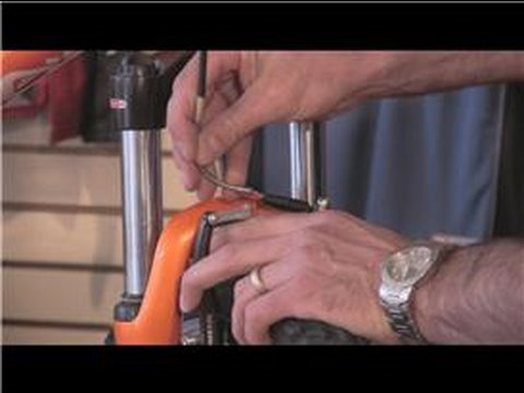 Bicycle Parts & Maintenance : How to Change a Bicycle Tire Tube