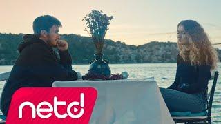 Mustafa Ceceli & Irmak Arıcı - Gün Ağarmadan