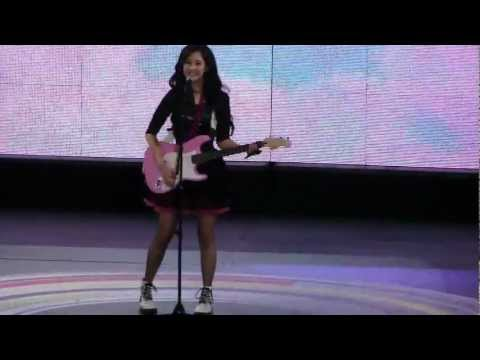 [FANCAM] 120521 SNSD Seohyun's Solo Stage @ Korean Music Wave