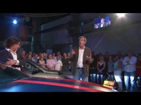 Top Gear pokes fun at the iPhone 4 Death Grip