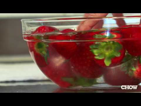 How to Wash Strawberries - CHOW.com