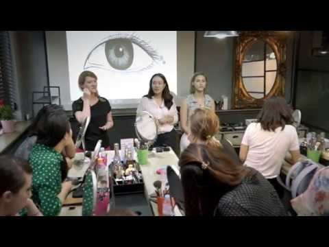 Professional Korean Makeup Class in Seoul