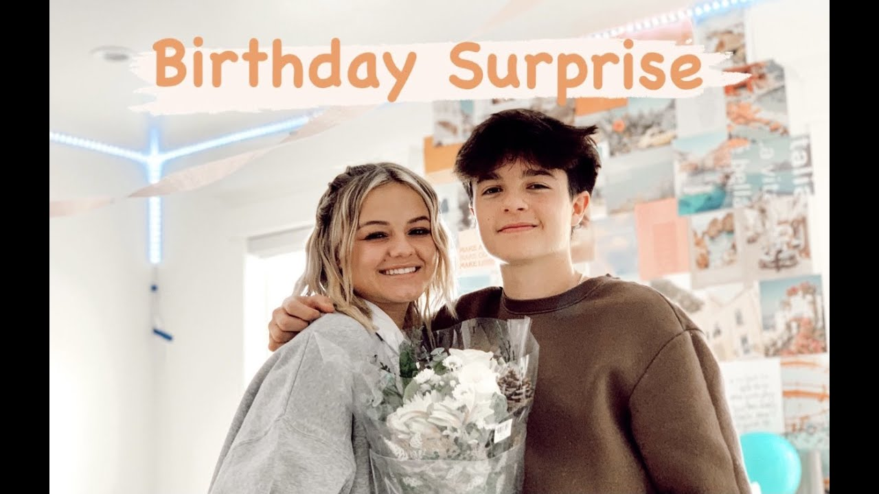 Kesley's Officially 17 | Birthday Surprise | The LeRoys