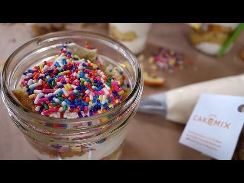 Confetti Cake in a Jar? Duff Goldman Shows Us How! | Just Add Sugar