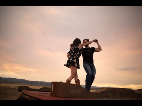 West Coast Swing Free Dance - Live Dancing