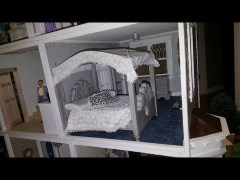 Dollhouse Canopy Bed-FREE TEMPLATE TOO
