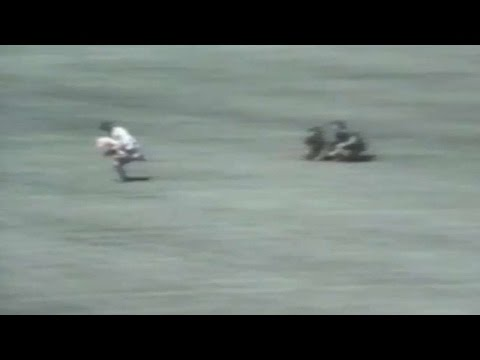 Rick Monday saves American flag from protesters in 1976