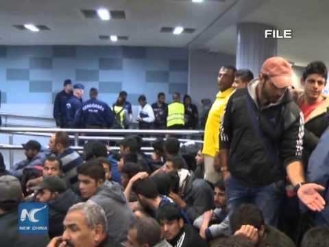 Hungarian FM blames Croatia for laisser-passer