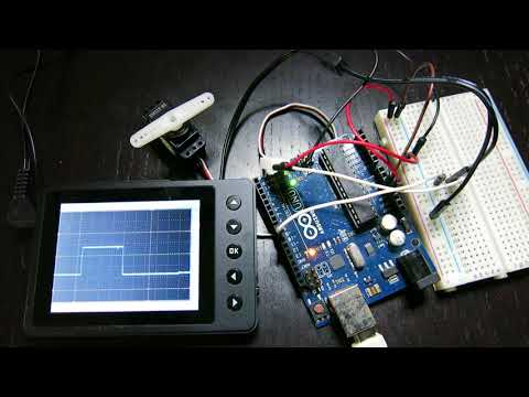 Servo Motor Control Observed with Oscilloscope