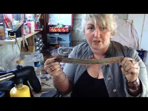TIKI KIWI - Making a recycled copper cuff bracelet