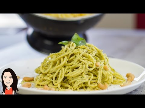 Creamy Avocado Cashew Pesto Pasta - NO OIL RECIPE!