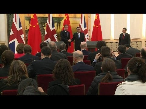 UK's Cameron focuses on business during China visit