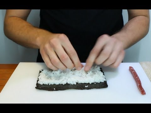 How To Roll Sushi Rolls - How To Make Sushi Rolls