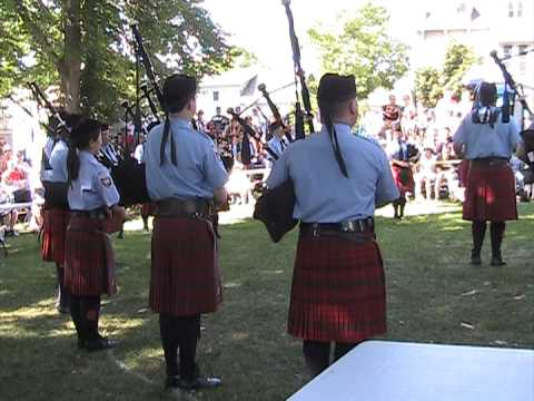 Ottawa Police Services Pipe Band G1 Kincardine 6 July 2013
