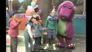 Barney y sus Amigos El circo (Spanish)