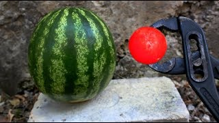 EXPERIMENT: Glowing 700 degree metal ball VS WATERMELON