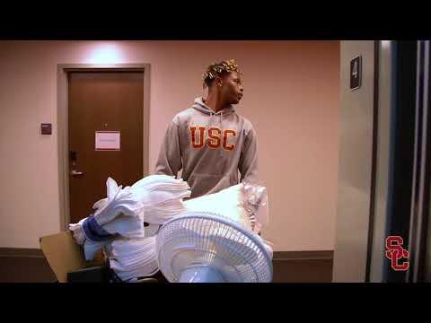 USC Football - 2018 Freshman Move-In Day