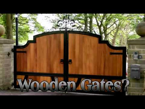 North Valley Forge - Wooden Driveway Gates