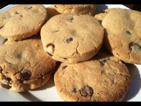 HOW TO MAKE PEANUT BUTTER SHORTBREAD CHOCOLATE CHIP