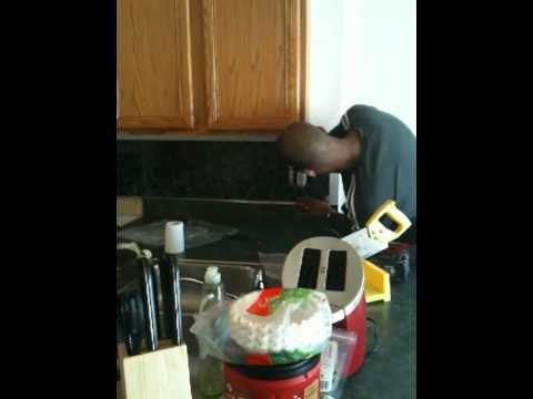 How to install a kitchen backsplash in 2 hours