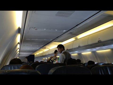 MALAYSIA AIRLINES | MH717 FLIGHT EXPERIENCE KUALA LUMPUR TO JAKARTA