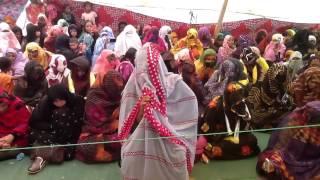 #x202b;موريتانية تتلو القرآن تلاوة رائعة#x202c;lrm;