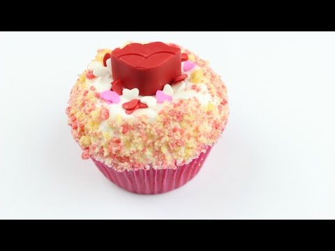 Valentine's Day Strawberry Shortcake Cupcake | Florally Frosted