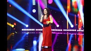 """""""Mă numesc Irina și am un metru și 35"""". Irina Bardița, număr de stand-up comedy cum nu s-a mai văzut"""