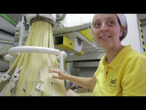 Discover how the best quality spaghetti is made | Pasta Grannies