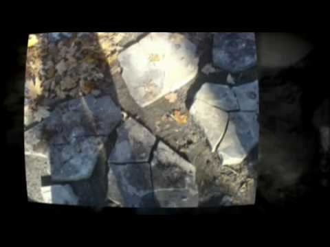 Building A Flagstone Wall? Learn How To Build A Flagstone Wall