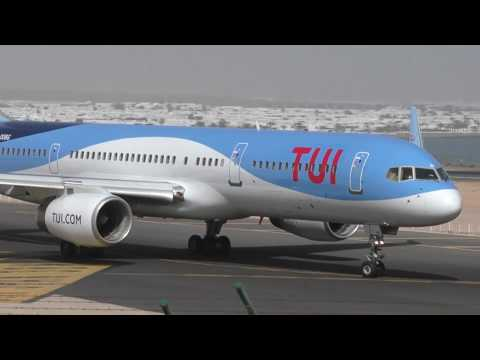 TUI Boeing 757 takeoff from Lanzarote Airport