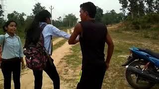 जंगल मे मंगल करते पकड़ाया एक लड़की// jangal me sex karte huye villages walo ne pakda