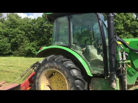How to cut hay for baling - John Deere 5100 with vicon hay cutter