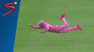 Faf du Plessis catches hot fielding streak